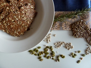 seed crackers1